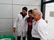 Ngôi sao bóng đá - Sao 360 độ 3/7: Suarez giữ lời hứa với bệnh nhân nhí