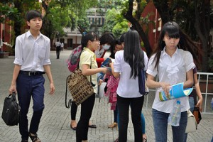 Giáo dục - du học - Kỳ thi THPT Quốc gia: Nhiều cụm bắt đầu chấm thi