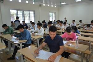 Tin tức Việt Nam - Đề Văn về người lính Trường Sa, Hoàng Sa, sĩ tử thích thú