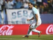 """Các giải bóng đá khác - Higuain trở thành """"tội đồ"""" của Argentina"""