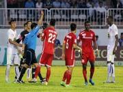 Bóng đá - Trả đũa đối thủ, cầu thủ HAGL nhận thẻ đỏ trực tiếp