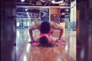 Bạn trẻ - Cuộc sống - Thích thú với clip cặp đôi 9x vừa hôn nhau vừa tập thể dục