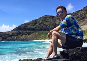 """Sao ngoại-sao nội - Đàm Vĩnh Hưng khoe ảnh du lịch Hawaii sau ồn ào """"giật gà"""""""