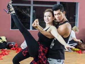 Ca nhạc - MTV - Thu Thủy vừa sinh con đã nhảy múa tưng bừng