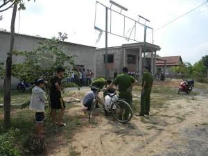 Tin tức trong ngày - Đang đi xe đạp, bé 7 tuổi bị điện giật chết thương tâm
