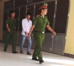 """An ninh Xã hội - Bị cáo khẳng định trước tòa là... """"bộ trưởng"""" trẻ nhất VN"""