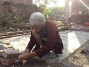 Tin tức trong ngày - Clip: Cụ bà 93 tuổi bị con trai đánh đập dã man