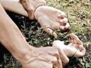 An ninh Xã hội - Bắt tạm giam nghi can hiếp dâm trẻ em ở giữa đồng