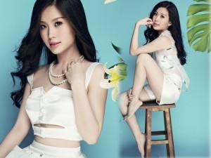 Thời trang - Á hậu Diễm Trang khoe vòng eo 58 với áo crop top