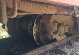Tin tức trong ngày - Tàu trật bánh ở Quảng Ngãi: Do ảnh hưởng của mìn?