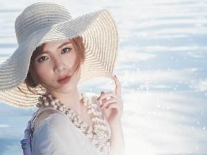 """Yến Nhi xinh đẹp tái hợp với """"tình cũ"""" Trịnh Thăng Bình"""