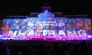 Du lịch Việt Nam - Lung linh sắc màu khai mạc Festival Biển 2015