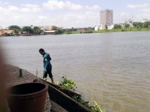 Tin tức trong ngày - Một buổi sáng, vớt được 2 xác người trên sông Sài Gòn