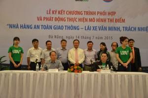 Tin tức trong ngày - Nhậu say ở Đà Nẵng sẽ được taxi đưa về miễn phí