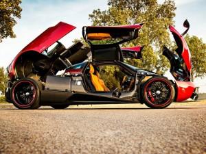 """Ô tô - Xe máy - Mãn nhãn trước """"thần gió"""" Pagani Huayra màu đỏ"""