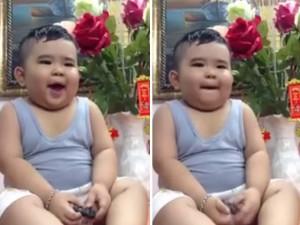"""Bạn trẻ - Cuộc sống - Bé trai 2 tuổi hát """"Hồn quê"""" giọng Nam bộ cực dễ thương"""