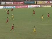 """Video bàn thắng - SLNA – Than QN: """"Ronaldo Việt Nam"""" rực sáng"""