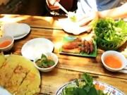 Du lịch Việt Nam - Phong vị món cuốn ba miền ở Hà Nội