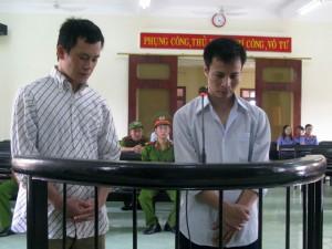 An ninh Xã hội - Nhóm chặn đường cướp vàng táo tợn ở Phú Yên lĩnh án