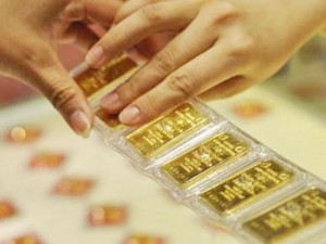 Tài chính - Bất động sản - Giá vàng tiếp tục giảm sâu: Lượng mua vào đang vượt bán ra