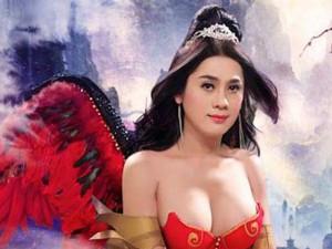 """""""Công chúa"""" Lâm Chi Khanh chăm chỉ khoe vẻ đẹp gợi cảm"""