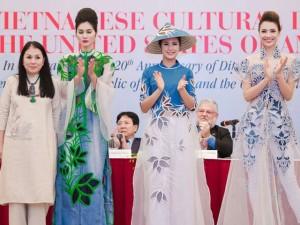 Thời trang - 4 nhà thiết kế Việt giới thiệu bộ sưu tập tại Mỹ