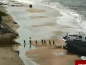 Thế giới - Video: TQ diễn tập chiếm đảo quy mô lớn ở Biển Đông