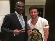 Tin bên lề bóng đá - Ăn mặc luộm thuộm tới Gabon, Messi bị công kích dữ dội