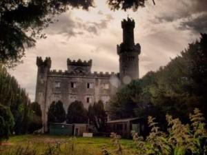 Du lịch - Lạnh gáy những lâu đài ma ám đáng sợ nhất thế giới