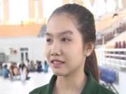 """Thể thao - Nữ sinh xinh xắn """"hâm nóng"""" VTV Cup"""