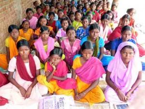 Tin tức trong ngày - Ấn Độ: Liên tục bị sàm sỡ, 200 nữ sinh tính bỏ học