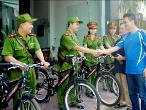 Tin tức trong ngày - Công an Hà Nội sẽ tuần tra bằng xe đạp