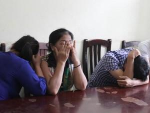"""An ninh Xã hội - Bắt 3 đối tượng """"phe vé"""" trận Việt Nam - Man City"""