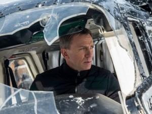 """Video phim đặc sắc - Lộ diện kẻ thù hiểm ác của James Bond trong """"007"""" mới"""