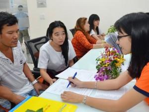 Giáo dục - du học - Điểm sàn, điểm chuẩn tăng cao