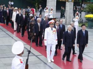 Lãnh đạo Đảng, Nhà nước dâng hương tưởng niệm anh hùng liệt sĩ