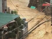 Video An ninh - Quảng Ninh: 3 mẹ con bị nhấn chìm trong mưa lũ lịch sử