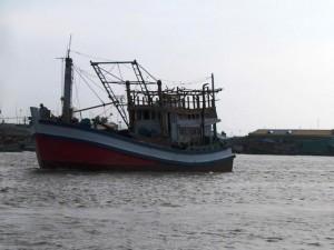 An ninh Xã hội - Mâu thuẫn trên biển, đâm bạn tàu thủng tim tử vong