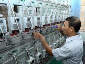 """Giá cả - Thay hàng loạt công tơ điện tử: Lo chi phí """"bổ"""" thêm vào giá điện"""