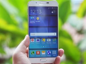 Thời trang Hi-tech - Trên tay smartphone siêu mỏng Galaxy A8, giá 11 triệu đồng