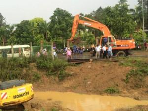 Tin tức trong ngày - Vỡ đường ống nước sạch sông Đà: Trách nhiệm TP Hà Nội đến đâu?