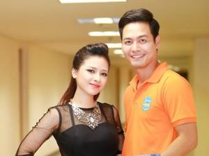Ca nhạc - MTV - Dương Hoàng Yến mặc sexy bên MC Phan Anh