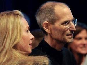 """Tài chính - Bất động sản - Steve Jobs và """"bóng hồng"""" giúp ông sống mãi"""