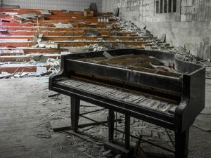 """Tin tức trong ngày - Rợn người thị trấn """"ma"""" trong lòng Chernobyl"""
