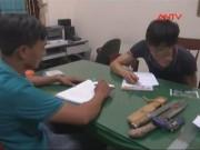 """Video An ninh - Bắt dân buôn ma túy tàng trữ vũ khí """"nóng"""" trong nhà"""