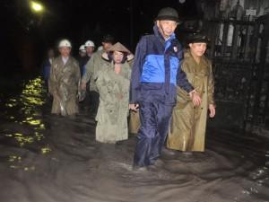 Dân chết trong mưa lũ: Quy trách nhiệm người đứng đầu