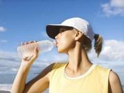 Bác sĩ của bạn - 5 sai lầm thường mắc phải khi uống nước