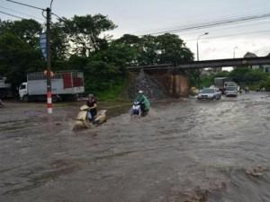 """Tin tức trong ngày - Hà Nội còn 23 điểm """"đen"""" có nguy cơ ngập lụt khi mưa lớn"""