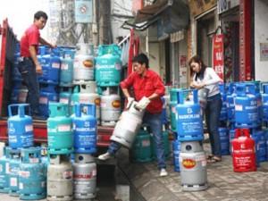 Thị trường - Tiêu dùng - Giá gas giảm thêm 8.000 đồng/bình