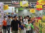 """Giá cả - Hàng Việt """"vật vã"""" tìm đường vào siêu thị"""